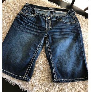 Amethyst Bermuda Jean Shorts Size 16